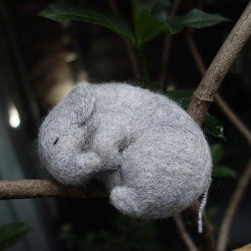 12.9【雕塑課】針氈 / 安睡中的動物們